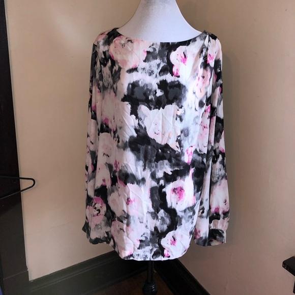 7a7780d60cdf5 Liz Claiborne Tops - Liz Claiborne Woman Plus Size 3x Floral Top
